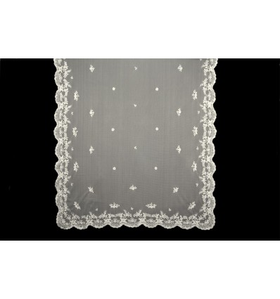 Natural silk hand-embroidered mantilla MT107