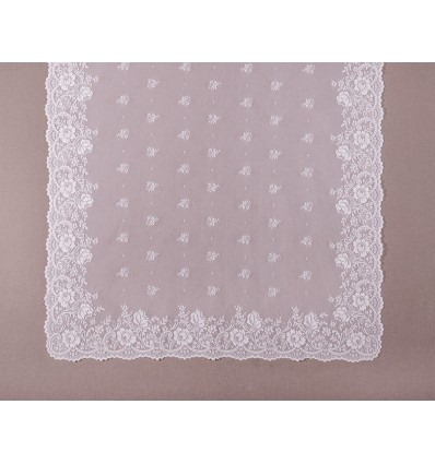 Emboidered mantilla MT7008